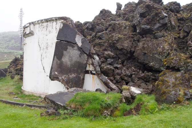 The lava flow stopped partway into the harbour where this seawater tank was
