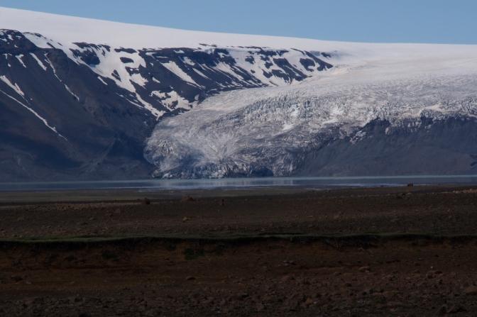 Langjšökull Glacier spilling into Hv'títár‡vatn