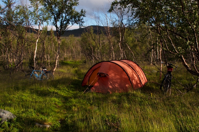 Our 'camp sauvage' along the Reppafjordelva River.