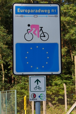 The R1 cycle route which stretches 3,500 KM from the west coast of France to St. Petersburg, Russia. We followed it east along the Elbe River in Germany.