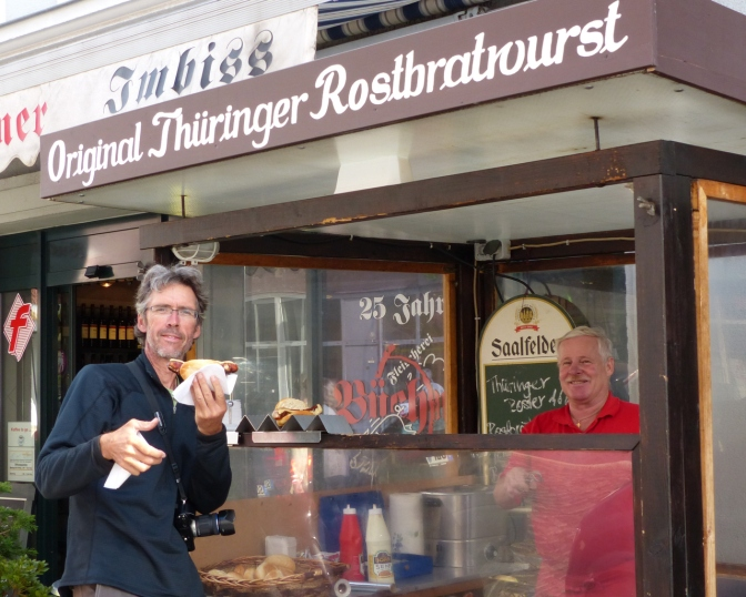 Paul buying the ThüŸringer Rostbratwurst.