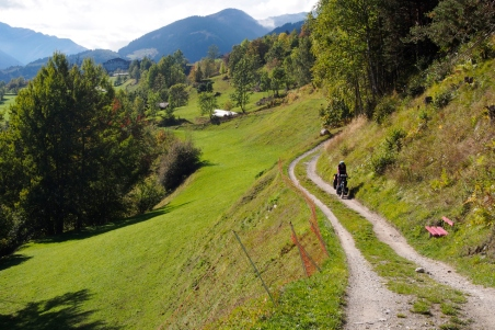 The cycle route along the Rhine in the Alps.