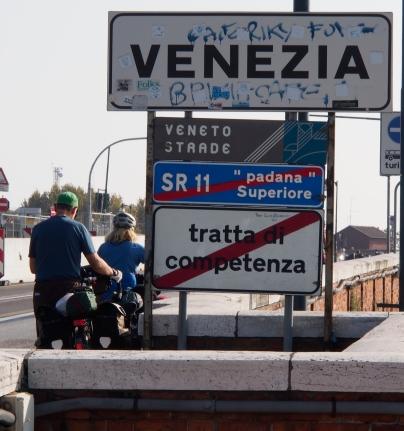Entering Venice on Ponte della Libertˆà.