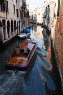 Venice taxi.