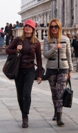 Shoppers in Piazza San Marco.