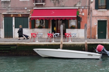Venice cafŽé.