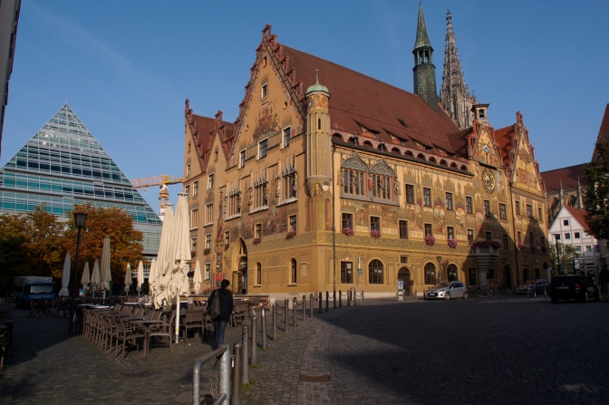 The old and the new: city hall and the library in Ulm.