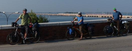 Paul, Ivona and Gary on Ponte della Libertˆ.