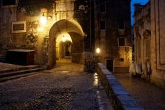 Dubrovnik alley.