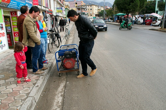 Buying a generator in Fush' Kruj'.