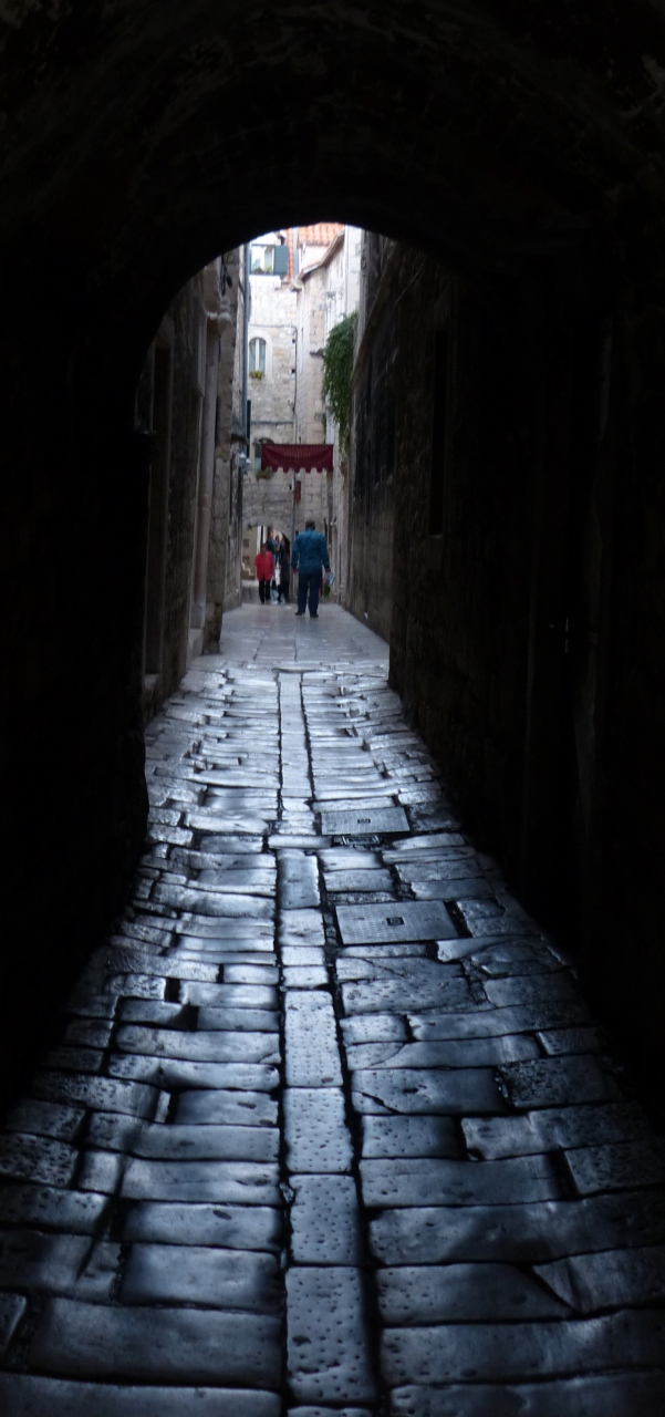 Narrow street in Split's old town.