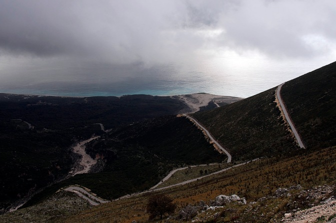 The road from Logora Pass down to Dhërmi.
