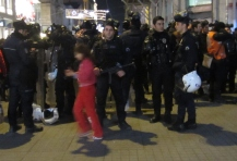 Riot police on Istiklal Avenue. (photo by Lyle)