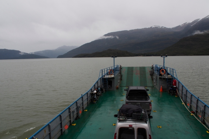 The ferry from Rio Bravo to Puerto Yungay.