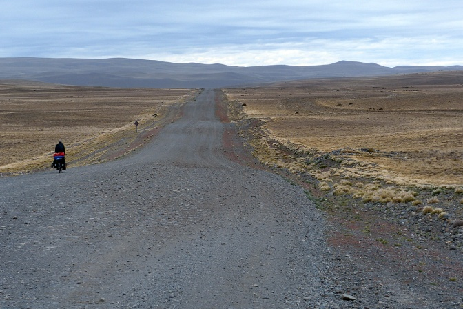 Heading north on Ruta 40 from Tapi Aike.