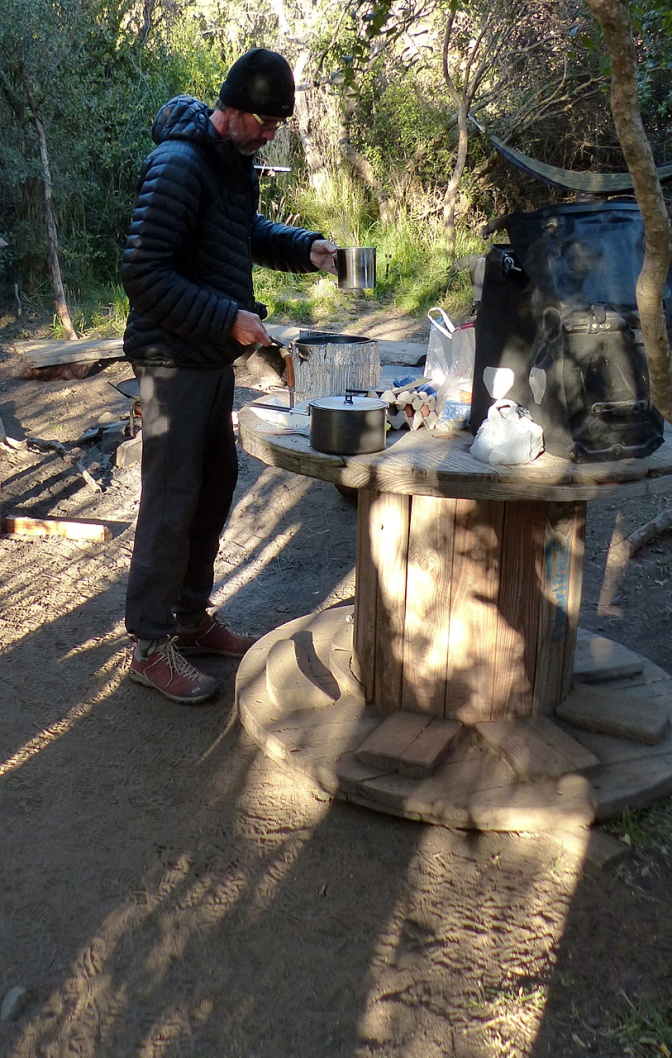 Paul making pancakes at the Villa Cerro Castillo campsite.