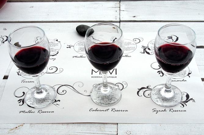 Three Reservas: Malbec, Cabernet Sauvignon and Syrah.