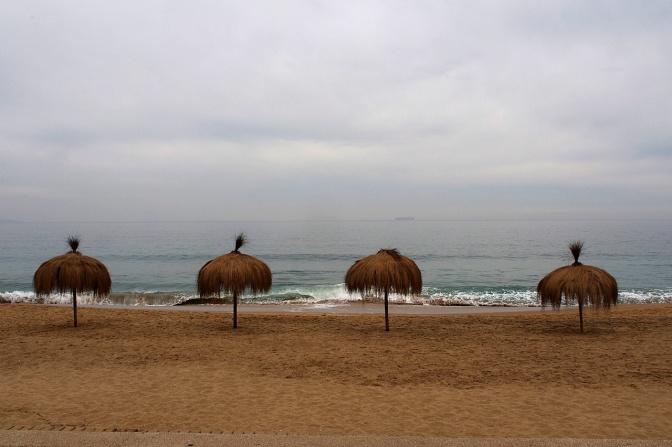 Re–ñaca beach.