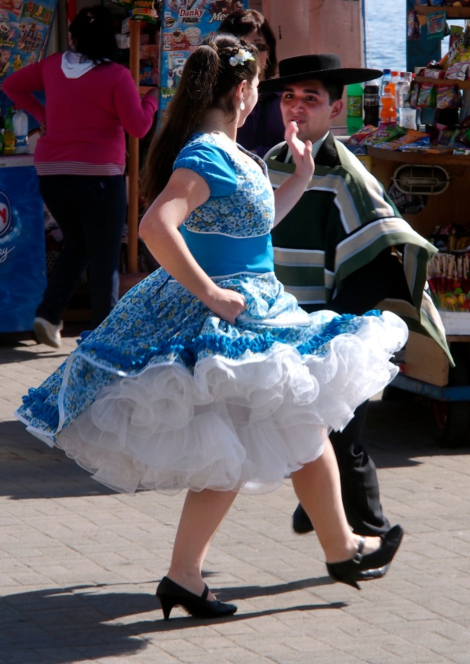 Dancers in Vi–a Del Mar.