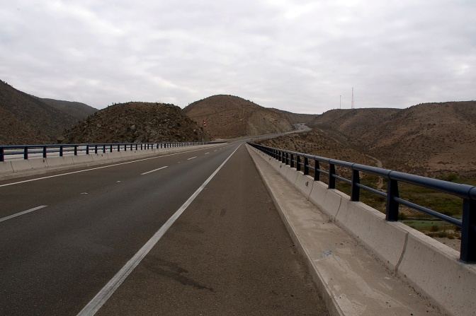 The Pan-American Highway, Ruta 5, west of Ovalle.