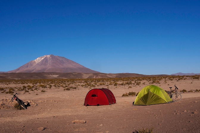 Nicholas' and Paul's camp at the edge of the Salar south of San Juan. It went down to -18C in the night.