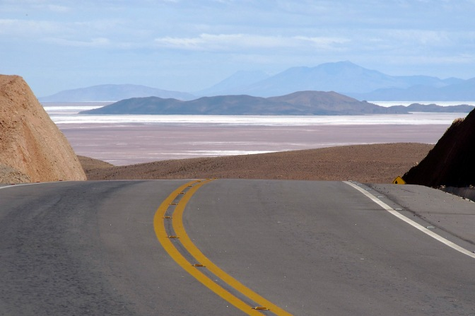 Looking back to Uyuni and the Salar.