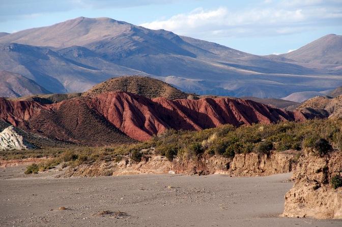 Colours in the landscape near Tica Tica.