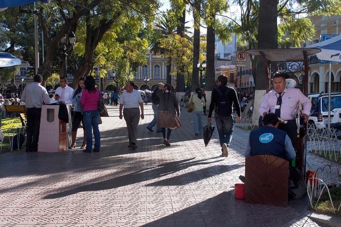Shoeshine in Plaza 14 de Septiembre, Cochabamba.