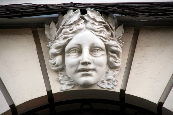 Detail on Mercantile Bank of Santa Cruz building.