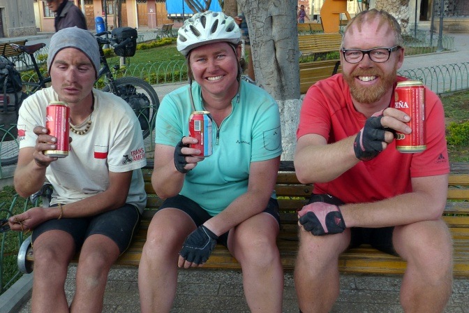 Quenching their thirst after a long, dusty ride to Aiquile: Marcin, Ellen and Elmar.
