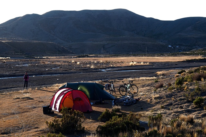 Camped in the river valley near Leque Palca.