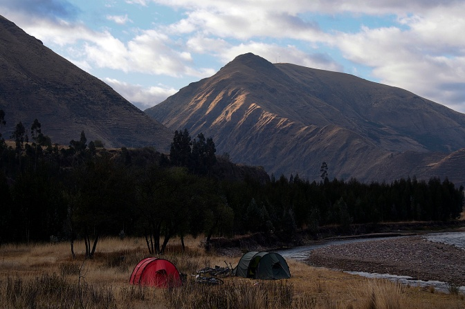Camp on Rio Vilcanota south of Urcos.