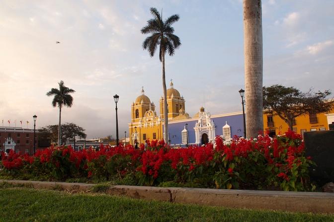 Trujillo Plaza Des Armas.