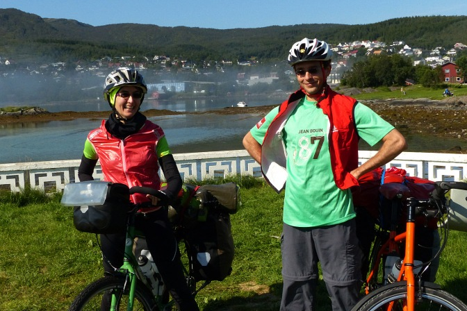 The kids: Alba and GéŽrard on their first bike tour with us in Norway.