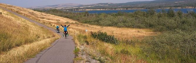 El and El riding into Waterton Lake National Park.