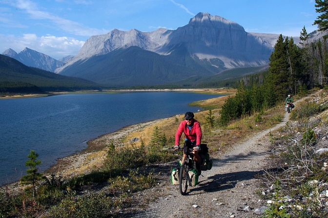 A clear day along the Spray Lake Reservoir, probably one of the nicest bits of trail we cycled.