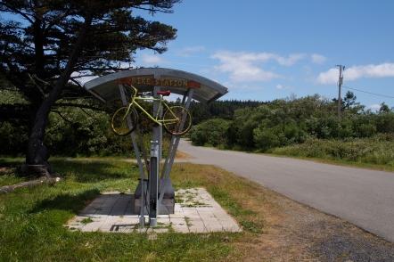 Road-side bike station in Port Orford.
