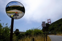 Climbing Conzelman Road up to the Golden Gate. (photo by Christoph Hšhmann)