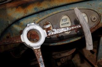 Dashboard and steering wheel.