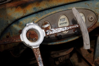 Dashboard and steering wheel.