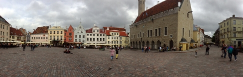 Tallinn's town hall square: Raekoja Plats.